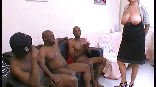 Madura caliente Mary y la nena videos de sexo por el ano Coco jugando con sus coños