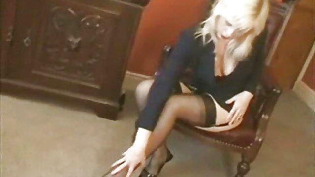 La rubia Tiffany Watson seduce a su tío anal con mexicanas