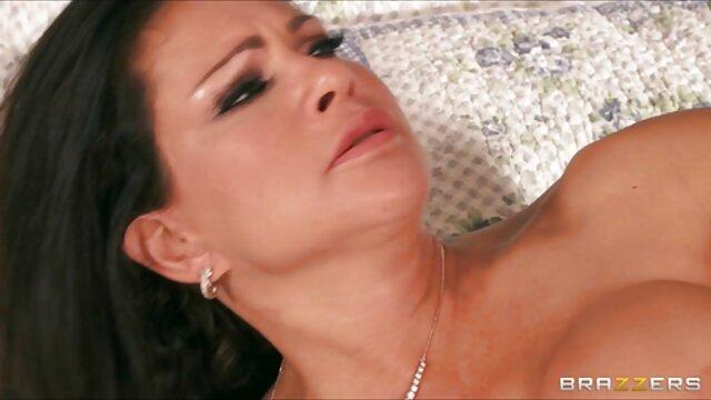 Sexy gran culo rubia milf por hub anal le gusta montar